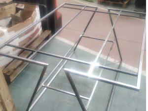 Fabricación Mesa Exposición