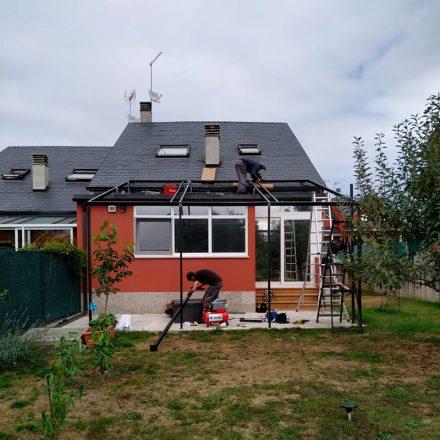 Pérgola para colocación de paneles solares